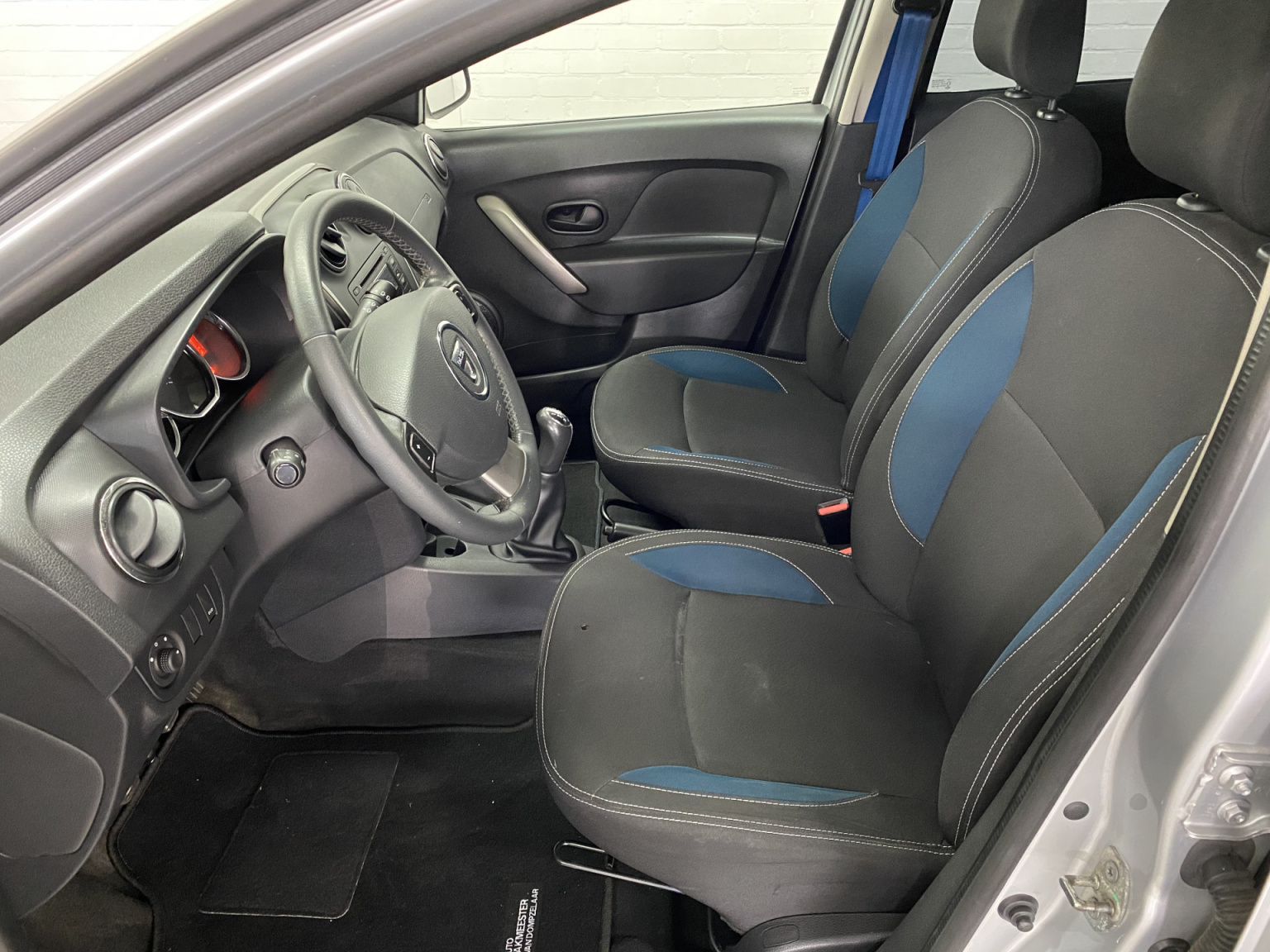 Dacia-Logan-15